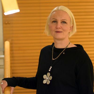 Raseborgs stadsfullmäktigeordförande Linnéa Henriksson