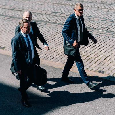 Mika Lintilä, Jari Leppä, Matti Vanhanen, Säätytalo, 08.07.2020