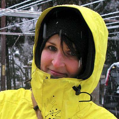 Minna Karsikas on kierrellyt helmikuusta lähtien Japanin rinteitä.
