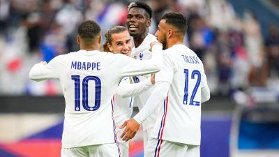 Frankrike firar mål i landskamp 2021.