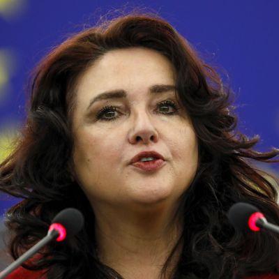 EU:n tasa-arvokomissaari Helena Dalli.
