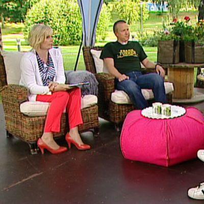 Aamu-tv:n olympiakeskustelussa Esko Seppänen, Bror-Erik Wallenius ja Tiia Hautala