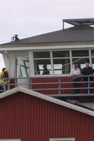 Besökare i tornet på Valsörarnas sjöbevakningsstation