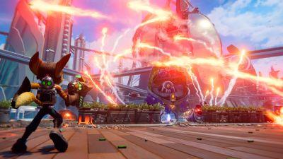En figur skjuter ett vapen i ett tv-spel.