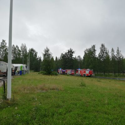 Suomussalmella paloi Kemet Electronics Oy:n teollisuushalli Siikarannantiellä.