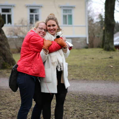 Ohjaaja Katri Manninen ja päähenkilö Johanna