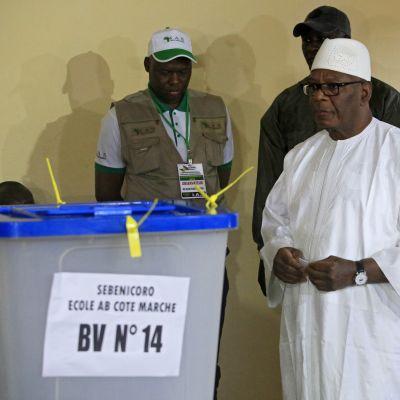 President Ibrahim Boubacar Keita återvaldes för en andra femårs period som president