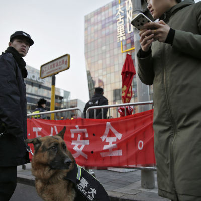 Polisen i beredskap i Peking