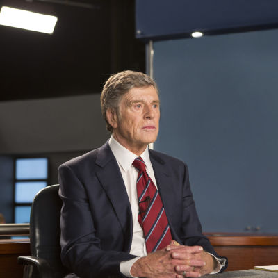 Robert Redford som nyhetsankaret Dan Rather i filmen Truth