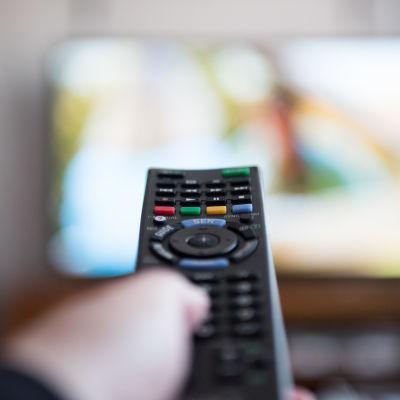 Kaukosäädin televisio
