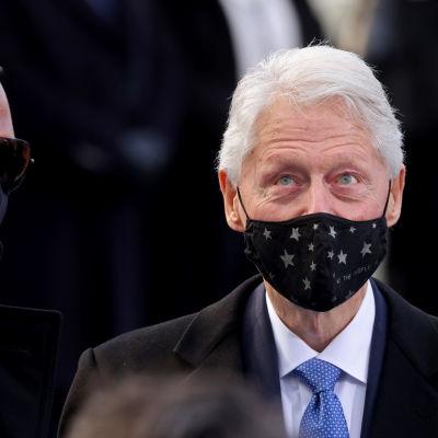 Bill Clinton osallistui Joe Bidenin virkaanastujaisseremoniaan.