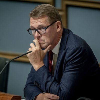 Puhemies Matti Vanhanen täysistunnossa 11.9.2019