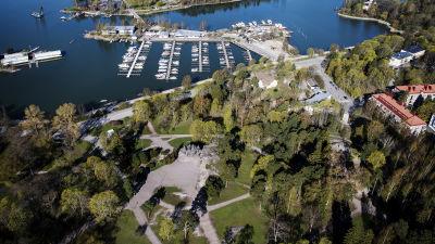 Flygfotografi av Sibeliusmonumentet i Helsingfors maj 2020.