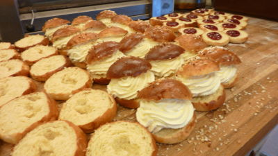 Fastlagsbullor i ett bageri