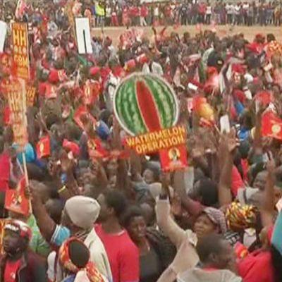 Mielenosoituksia Sambian presidentinvaaleja edeltävinä päivinä maan pääkaupungissa Lusakassa.