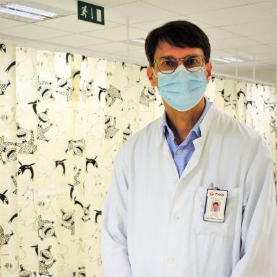Nationella vaccinexpertgruppens ordförande professor Ville Peltola