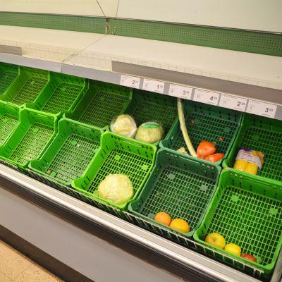 Grönsaksdisken i K-market Hindhår i Borgå den sista öppethållningsdagen 27.10.17