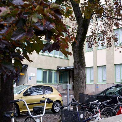 Ingången till Kårkullas dagcentral Södis i Borgå