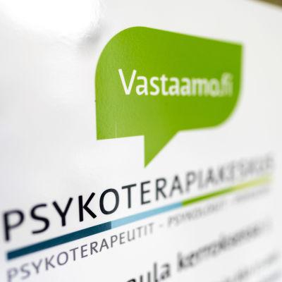 Psykoterapicentret Vastaamos logo.