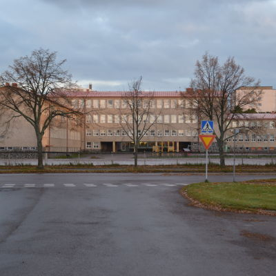 Centralskolan i Hangö.