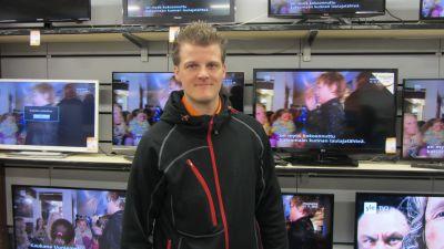Kim Vidfält, köpman för Expert i Karis