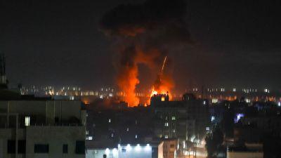 Explosioner över Gaza City natten till onsdagen. Det har inte rappoterats om några dödsoffer för nattens flyganfall.