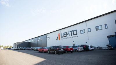 Lehtos fabrik i Oulainen.