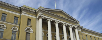 Bild på helsingfors universitet huvudbyggnad