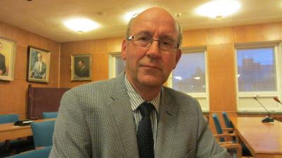 Sture Söderholm, Svenska folkpartiet i Hangö.