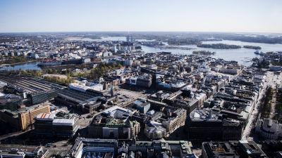 Flygfotografi av Helsingfors tågstation maj 2020.