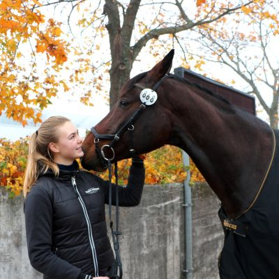 Lida Haddas och hennes häst Obora's Metaxa.