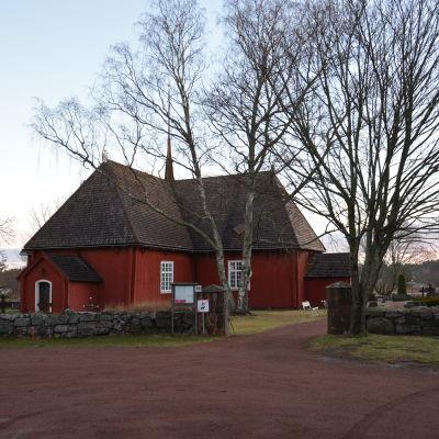 Kyrkan i Houtskär.