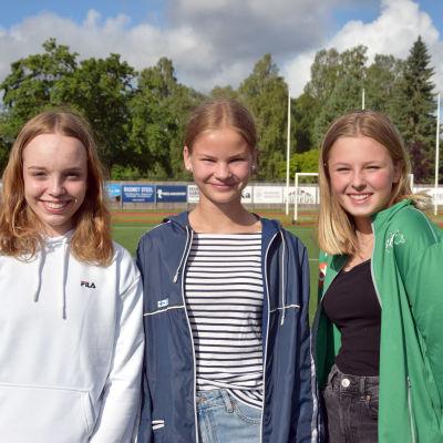 Porträttbild på Elin Lemström, Vega Sarkola och Emma Møller.