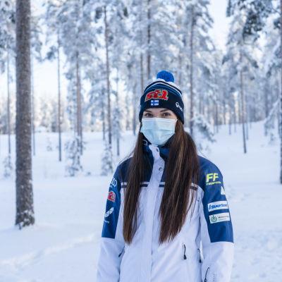 Jasmin Kähärä Vuokatissa nuorten MM 2021 kisojen aikaan.