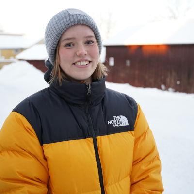 Porträttbild på Ida Slöör.