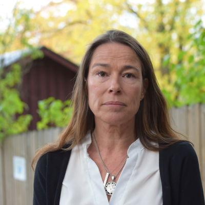 Porträttbild på Jennifer Gammals.
