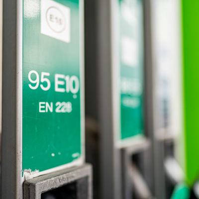 95 E 10 bensiini.