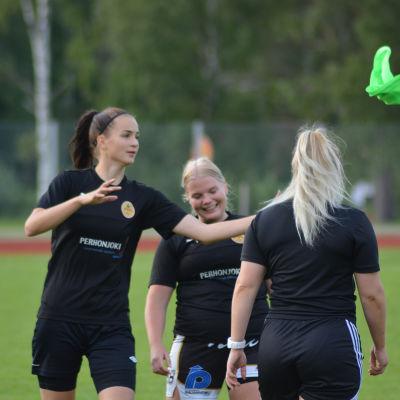 Tanja Ali-Mattila spelar för IK Myran.