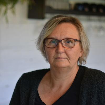 Författaren och poeten Ann-Helen Attianese.