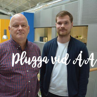 Professor i biokemi J. Peter Slotte och studerande Linus Lindholm.