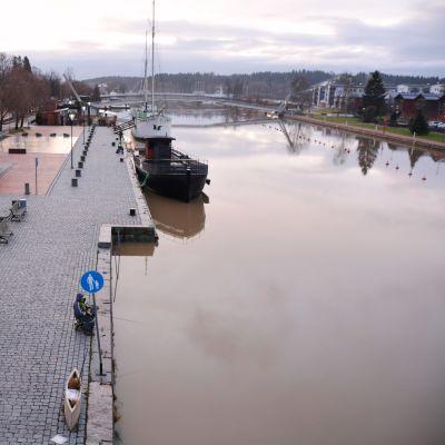Borgå fotograferad från Mannerheimgatans bro