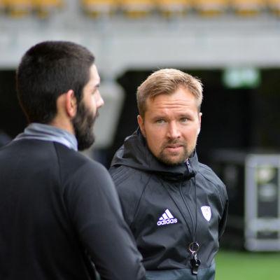 Toni Lehtinen ansvarar för tränarskapet i SJK