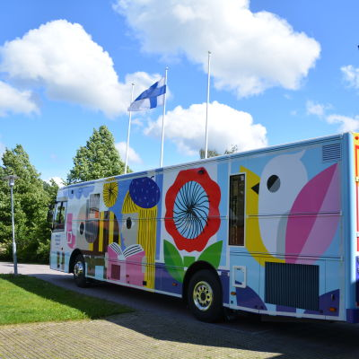 Borgå stads nya biblioteksbuss 06.07.2020