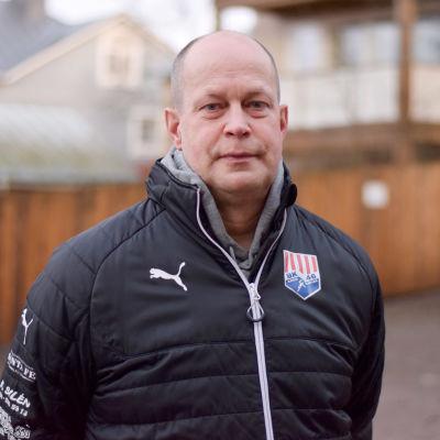Personporträtt på Timo Oksanen