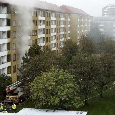 Bränder i ett flervåningshus i Göteborg