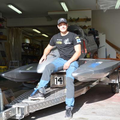 F4-båtföraren Alexander Lindholm