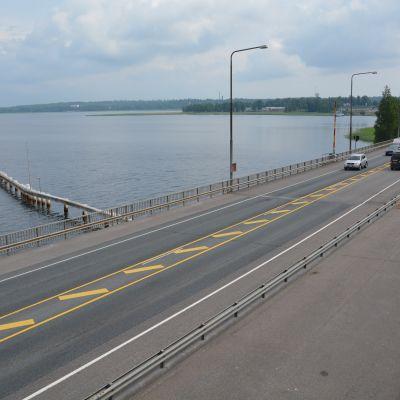 Pojoviksbron