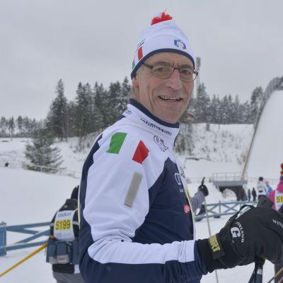 Italian suurlähettiläs Lahden hiihtostadionilla