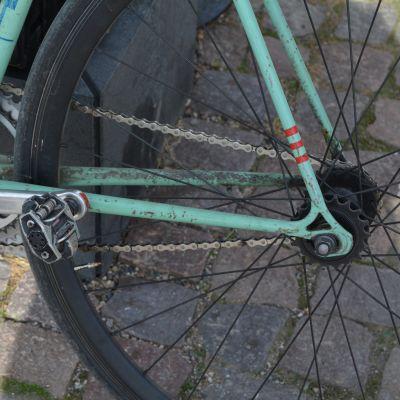 Fix-pyörä on jarruton ja yksivaihteinen