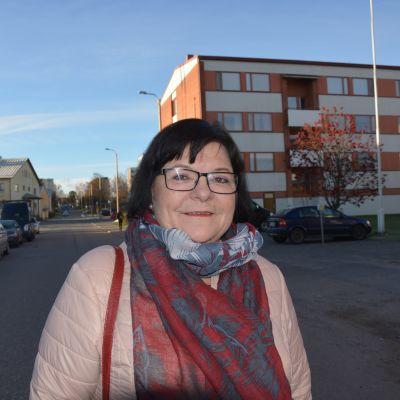 Maria Tolppanen är socialdemokratisk lokalpolitiker och riksdagsledamot.